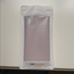 Accessories - UNOPENED Silicone iPhone XR case